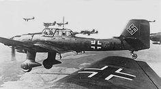 El Stuka operó con mayor éxito después de la Batalla de Inglaterra, y su potencia como avión de ataque de precisión fue muy valiosa para las fuerzas alemanas en la Campaña de los Balcanes, en los teatros Norteafricano y Mediterráneo y en las primeras etapas del Frente Oriental, campañas donde la resistencia de cazas Aliados era escasa y desorganizada.