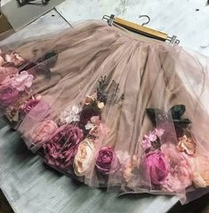 Rock Tulle Diy No Sew 58 best ideasRock Tulle Diy No Sew 58 Best Ideas clothing tips, tricks and projects that cross bordersHow to make a floral dress T-shirt. Diy Tulle Skirt, Diy Dress, Tulle Dress, Tulle Skirts, Diy Fashion, Fashion Kids, Mode Hippie, Baby Girl Dresses, Flower Dresses
