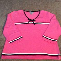 Designers Originals petite med. beautiful Pink with black and white trim vee neck.black bow Designers Originals Tops Blouses