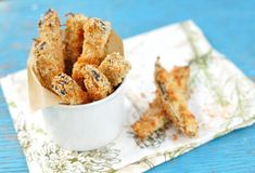 Need new ideas for eggplant? Try Eggplant Fries! Crispy on the outside but soft on the inside, these fries are a game changer. Fried Eggplant Recipes, Baked Eggplant Fries, Crispy Eggplant, Zucchini Aubergine, Healthy Eggplant, Eggplant Parmesan, Baby Food Recipes, Cooking Recipes, Finger Foods