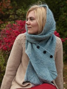 knit scarf w/ buttons