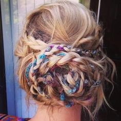 Bohemian Prom Haare / / geflochtene Hochsteckfrisur / / mittellange Haare / / Bring on the Holiday hai - Bohem Stil French Braid Hairstyles, Bohemian Hairstyles, Braided Hairstyles Updo, Fancy Hairstyles, Trending Hairstyles, Braided Updo, Easy Hairstyle, Boho Braid, Fashion Hairstyles