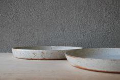white serving dishes | Pawena Thimaporn | pawenastudio.com