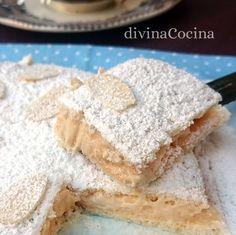 Este pastel ruso del que todos hablan tiene en realidad origen español. Aquí tienes la receta sencilla aunque hay muchas variantes según los gustos. Pie Recipes, Cooking Recipes, Just Cakes, Sweet Bread, Food Truck, Yummy Cakes, Delicious Desserts, Cupcake Cakes, Sweet Tooth