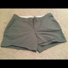 Cotton shorts These Old Navy shorts have a lot of wear left in them! I think I wore them a few times for one summer. Size 4. Great green khaki color to go with lots of things. Dress them up or just wear them casually. Willing to bundle. No PayPal. No trades. If making an offer please use the offer button. Thanks!  Old Navy Shorts