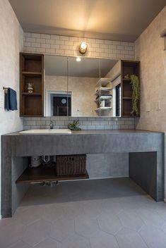 My Home Design, House Design, Japanese Modern House, Bohemian Bathroom, Modern Toilet, Concrete Bathroom, Toilet Design, Home Pictures, Washroom