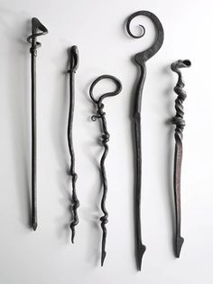 Fireside pokers Metal Projects, Welding Projects, Metal Crafts, Forging Knives, Forging Metal, Blacksmith Forge, Blacksmith Projects, Metal Art Sculpture, Fireplace Tools