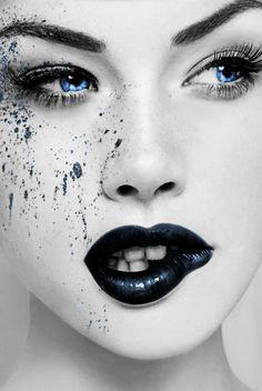 blue eyes   Very cool photo blog