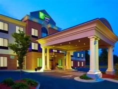 Holiday Inn Express Hotel & Suites Tappahannock - http://usa-mega.com/holiday-inn-express-hotel-suites-tappahannock/