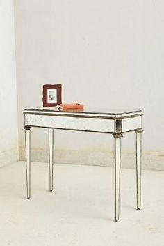 Mirrow table
