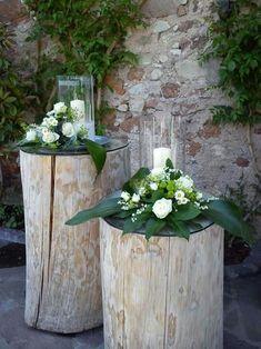 With lantern - decoration on the doorstep ideas- Mit Laterne – Deko Vor Der Haustür Ideen With lantern / - Beautiful Flower Arrangements, Floral Arrangements, Beautiful Flowers, Deco Floral, Arte Floral, Diy Garden Decor, Garden Art, Wedding Centerpieces, Wedding Decorations