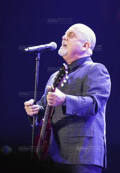 Billy Joel at Madison Square Garden__9525 | by Ernesto Juan Castellanos (ZuDhan Productions)