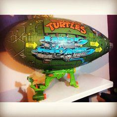 Teenage Mutant Ninja Turtles 1989 Vintage Blimp 1980's  RARE  Toy 80s 1980 action figure kids toy nostalgia collectible