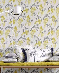 Wisteria Blossom  Linden/Charcoal från Sanderson