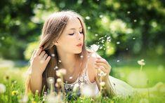 woman-blowing-dandelion-flower.jpg (1000×625)