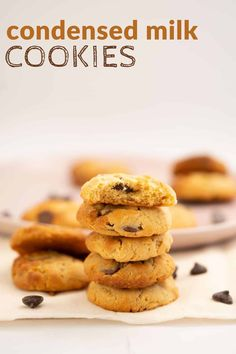 Condensed milk choc chip cookies, an egg-free sweet treat your kids will love, making chocolate chip cookies is the perfect childhood memory #cookies #chocchipcookies #baking Making Chocolate, How To Make Chocolate, Baby Food Recipes, Baking Recipes, Condensed Milk Cookies, Milk Chocolate Chip Cookies, Eggless Baking, Biscuit Recipe, Vegetarian Chocolate