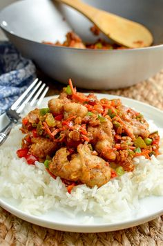 Low Syn Chinese Salt and Pepper Chicken - create this popular Chinese dish in your own home, perfectly Slimming World friendly chicken dishes Slimming World Fakeaway, Slimming World Dinners, Slimming World Recipes Syn Free, Slimming World Diet, Slimming Eats, Slimming World Chicken Dishes, Fake Away Slimming World, Actifry Recipes Slimming World, Diet Recipes
