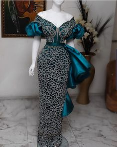 Powerful Aso Ebi Gown Styles For Stylish Women Nigerian Lace Dress, Nigerian Lace Styles, Aso Ebi Lace Styles, African Lace Styles, Lace Dress Styles, African Fashion Ankara, Latest African Fashion Dresses, African Print Fashion, African Wedding Attire