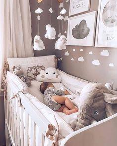 30 Elegant Modern Nursery Design and Decor Ideas for Baby Girls Awesome 30 Elegant Modern Nursery De Baby Bedroom, Baby Boy Rooms, Baby Room Decor, Baby Boy Nurseries, Nursery Room, Baby Girl Bedroom Ideas, Room For Baby Girl, Small Nurseries, Room Baby