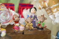"Cinderella Decor Pieces from a ""Once Upon a Time"" Fairytale Birthday Party via Kara's Party Ideas! KarasPartyIdeas.com (8)"