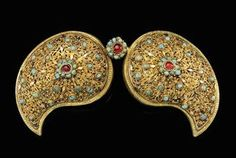 A silver regilt turquoise inlaid belt buckle. For women.  Late-Ottoman, 19th century.