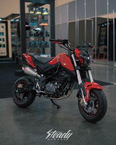 Bike Life, Thinking Of You, Profile, Motorcycle, Website, Honda, Instagram, Super Bikes, Custom Motorcycles