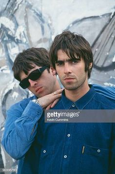 Gallagher brothers Memories of sitting up in my room where nothing existed but oasis Motel 7, Liam Gallagher Noel Gallagher, Liam And Noel, Oasis Band, Band Photography, We Will Rock You, Britpop, Wonderwall, Band Posters