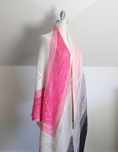 """My """"Find your Fade"""" shawl is finally finished! I fell hard for this pattern by Andrea Mowrybut just couldn't """"find my fade"""" with speckled yarns so opted for a colour-block approach wit…"""