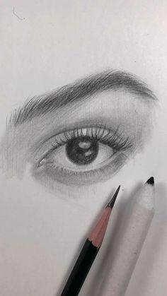 Los mejores cursos para aprender a dibujar como profesional está aquí. Aprende y crea dibujos increíbles. #dibujo #comodibujar #dibujos #dibujodeojos #eyes Beautiful Pencil Drawings, Realistic Drawings, Art Sketches, Art Drawings, Face Sketch, Chanel Makeup, Vegan Recipes Easy, Leg Tattoos, Pin Collection