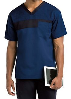 The Grey's Anatomy Signature mock wrap scrub top has detailed style lines and roomy pockets. Scrubs Outfit, Scrubs Uniform, Men In Uniform, Greys Anatomy Men, Grey's Anatomy, Nurse Costume, Medical Uniforms, Medical Scrubs, Scrub Tops