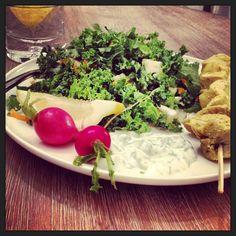 Quinoa Beet Kale Salad with Yellow Curry Chicken & Tzatziki Sauce