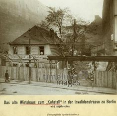 Wirtshaus zum Kuhstall - Berlin, ca. 1907 Timeline Classics/Timeline Images Historical Photos, Germany, Rococo, Baroque, History, Restaurants, Architecture, Places, Bauhaus