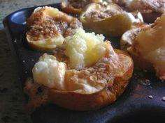 Recipe for baked-apple-crumbles: http://yumyumbubblegum.blogspot.co.uk/2013/11/baked-apples.html