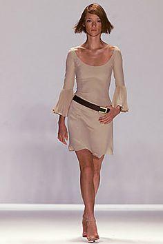 Carolina Herrera Spring 2002 Ready-to-Wear Fashion Show - Audrey Marnay, Carolina Herrera