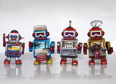 Wind up tin toy robots | Vintage and Retro Space Age Raygun, Rocket and Robot Toys |