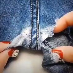 Easy sewing hacks are readily available on our site. Read more and you will not be sorry you did. Easy sewing hacks are readily available on our site. Read more and you will not be sorry you did. Sewing Basics, Sewing Hacks, Sewing Tutorials, Sewing Crafts, Sewing Tips, Diy Clothes And Shoes, Sewing Clothes, Techniques Couture, Sewing Techniques