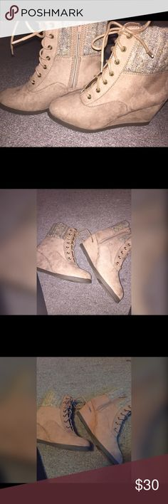 SO Ankle Heel Boots 💙BUNDLE = FREE GIFT 🎁 Never wore size is a 8 color is like the pictures with flash a little darker ( camel color ). All bundle orders come with a free gift  for a limited time just mention me (makeup or other) as your gift 😊😊😊😊💙 SO Shoes Ankle Boots & Booties
