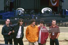 Gallaghers To Reform Oasis Rumoured Stock Pictures, Royalty-free Photos & Images Alan White, Oasis Band, Noel Gallagher, Backstage, Poses, Stock Photos, Pictures, Group, Fashion
