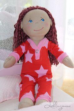 Puppenstrampler / Schlafanzug und weitere Puppenkleidung free