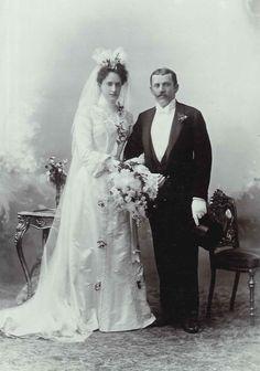 Hochzeitspaar Wien um 1910