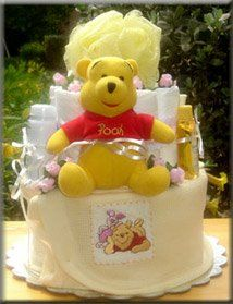 Winne the Pooh diaper blanket cake. Unique Diaper Cakes, Winne The Pooh, Diaper Shower, Pooh Bear, Baby Shower Centerpieces, Baby Shower Gifts, Cute Babies, Diapers, Baby Things