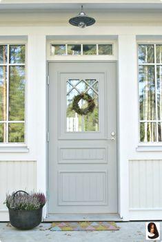 46 Bold Colors to Paint Your Home's Exterior ~ Entrance Doors, Patio Doors, Front Doors, Unique Garage Doors, Swedish Cottage, Door Images, Cottage Door, This Old House, Front Door Colors