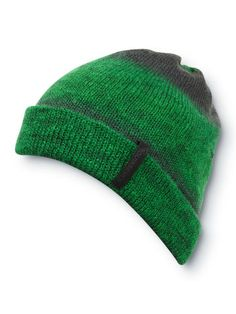 e4a2be2af33b8 Knocker Beanie Outdoor Outfit