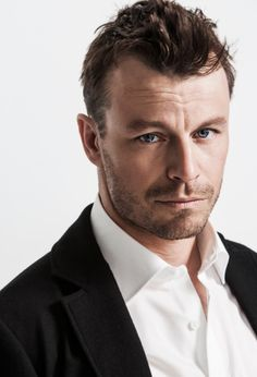 Finnish actor Peter Franzén - Talented and Attractive Men : Photo