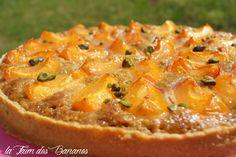 Une tarte de saison, avec les 1ers abricots qui arrivent La tarte abricots crème amande pistache d'E. Kayser