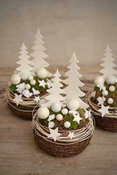 Adventskranz - Advents dekoration - ein Designerst... - #Advents #Adventskranz #Dekoration #Designerst #Ein #kerzen