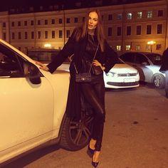 Masha Trotsko in Action Masha Trotsko, Jet Set, Street Wear, Satchel, Action, Celebs, Photo And Video, Elegant, Chic