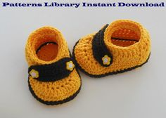 Baby Booties Crochet Pattern by patternslibrary on Etsy, $4.50