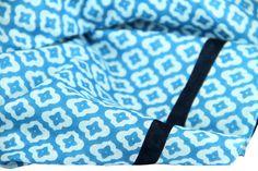 Echarpe bleu · Qu elle est belle cette écharpe au coton aux couleurs de la  mythique ville de 45e6cdef5f0