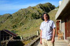 Julio Cejas ha publicado seis libros y actualmente prepara   dos.Poeta puntano, provincia de san Luis, Argentina, 2016